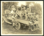 [Farmerettes from the North Carolina College for Women working in the fields during World War I]