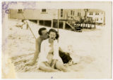 [Lewis and Beth Puckett on the Beach, Puckett Family Papers]